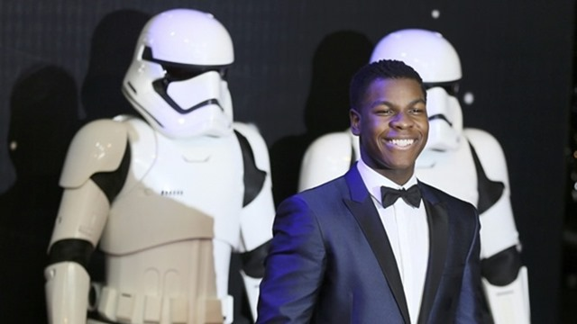 568007-john-boyega-reuters-crop[1]